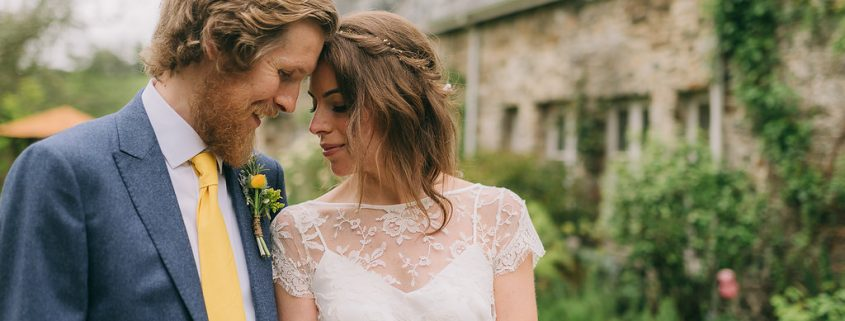 Josie and Rich, images by Chris Scuffins Photography, barn wedding, Devon wedding